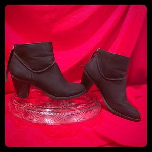 3/$25 SM New York black ankle boots.